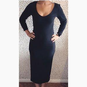 Billabong Black Cotton Midi Sweater Dress.